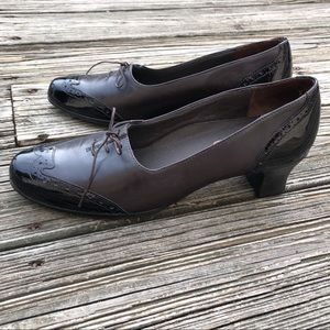Munro American Leather Patent Oxfords Shoes Heels